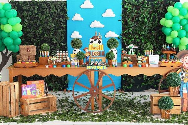 Aniversario Toy Story 7-vert